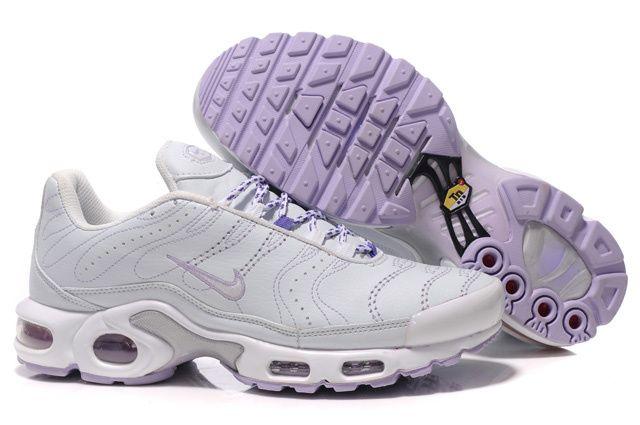size 40 a6d3b 21e4b ... get chaussures femmes nike air max tn white light violet 97e85 b6115