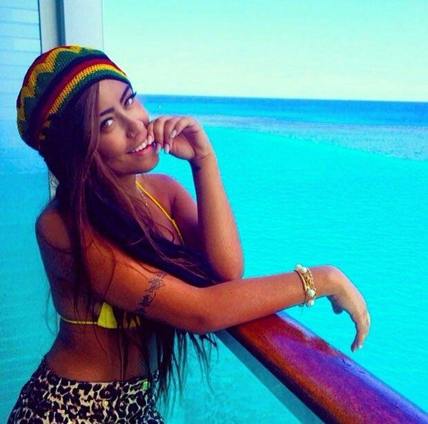 Rafaella ~ Neymars sister