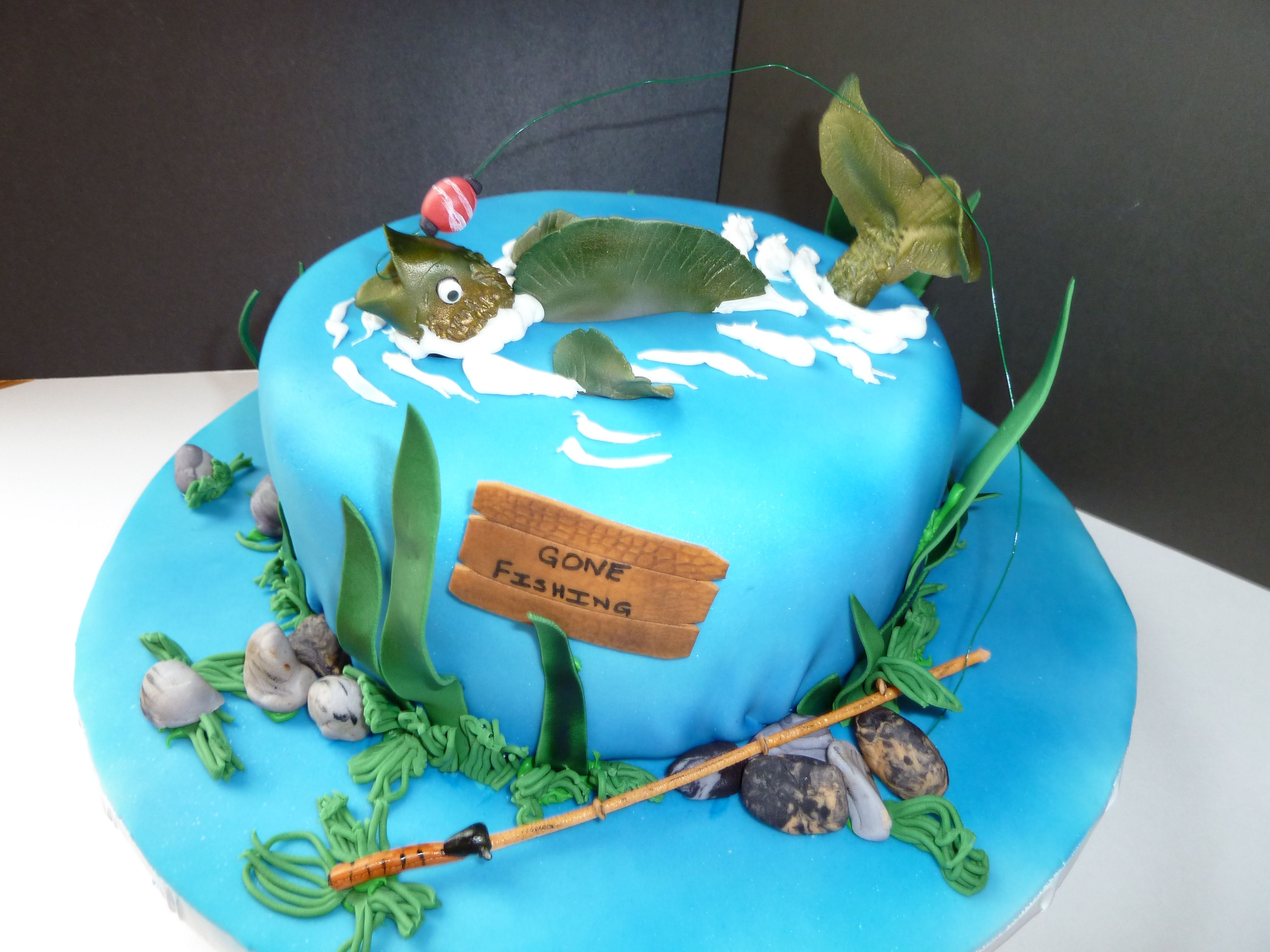 Fishing birthday cake my cakes pinterest fishing for Fishing cake ideas