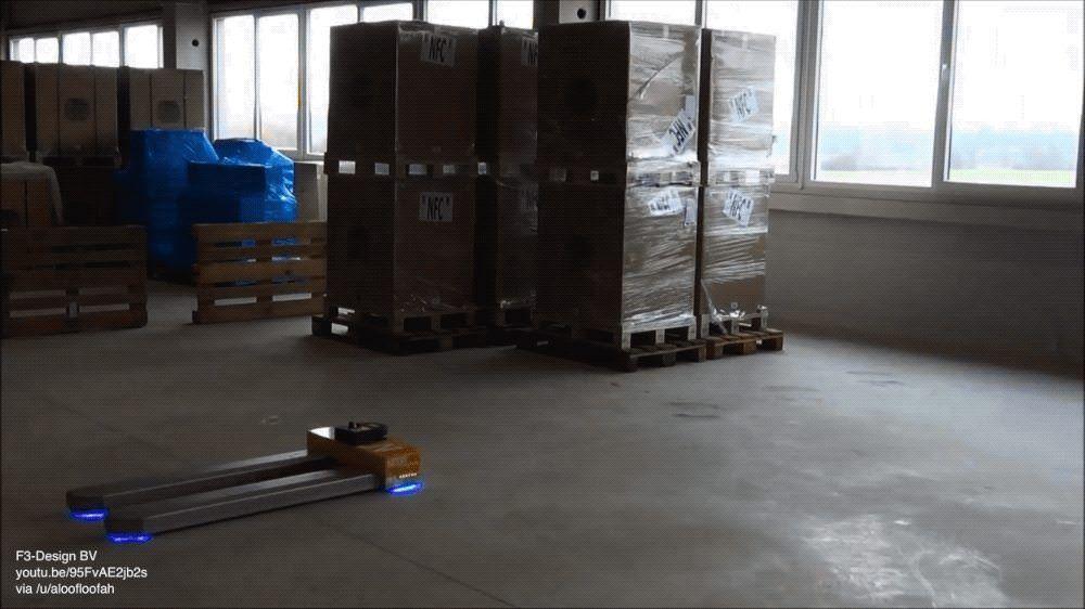 Autonomous pallet trucks 1000 x 562 pallet