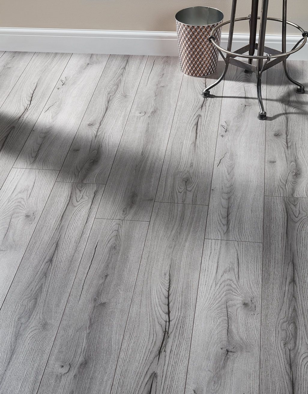The Elegant Grey Laminate Flooring From The Kronotex Farmhouse Range Recreates The Charisma Of Grey Laminate Flooring Gray Wood Laminate Flooring Grey Laminate
