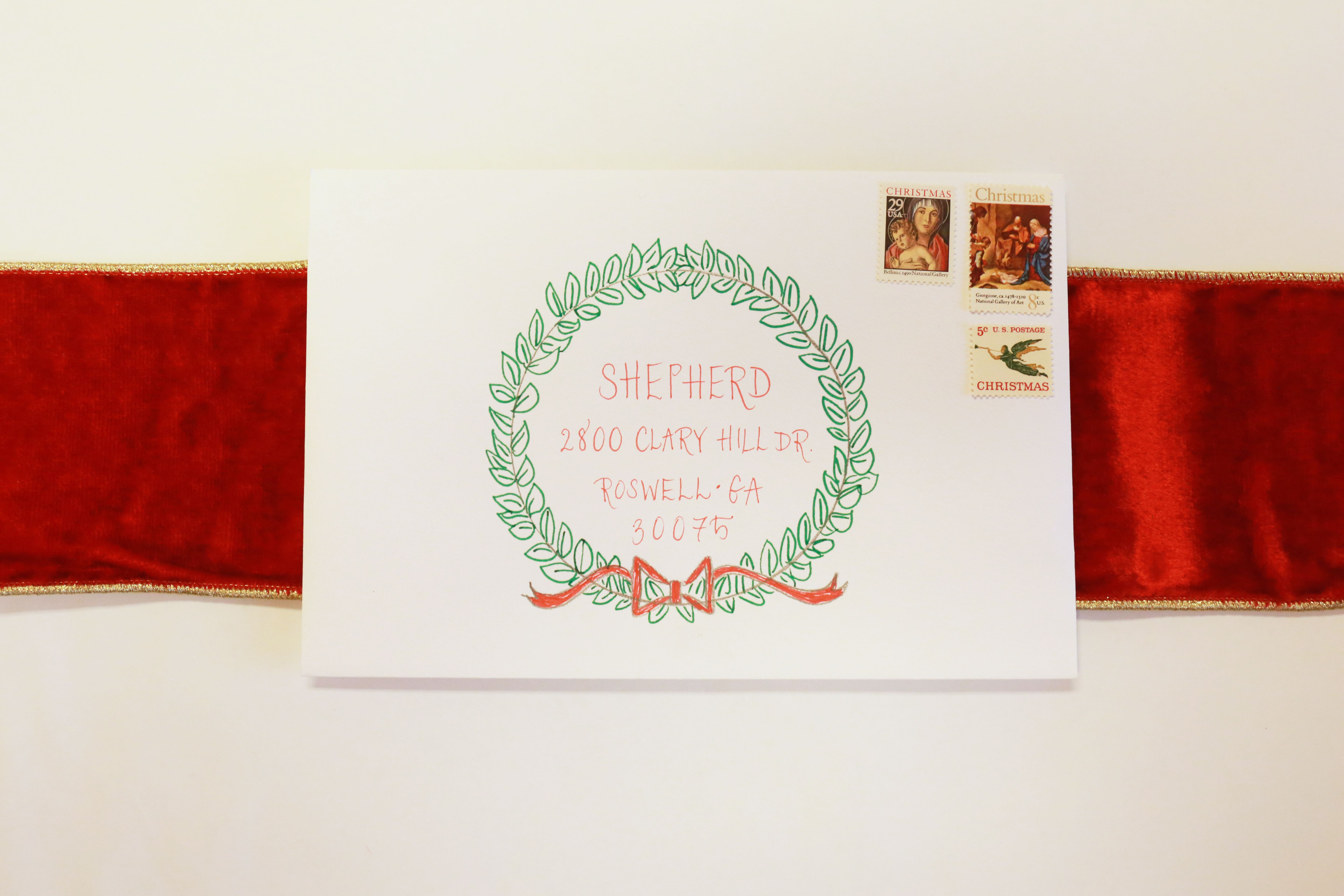 I\'m doing this for my cards this year! Love this wreath for ...
