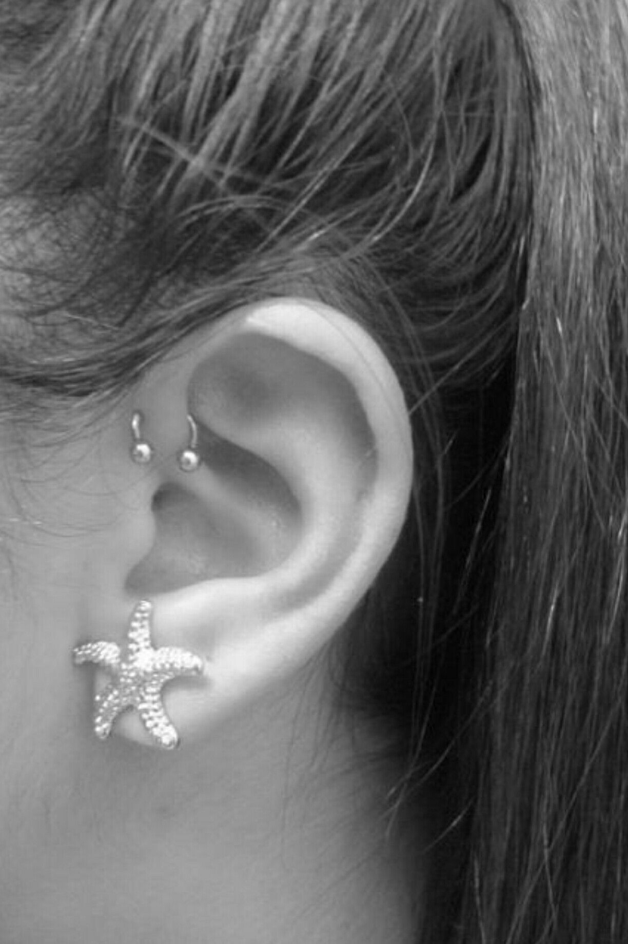want this earring for my forward helix piercing. Black Bedroom Furniture Sets. Home Design Ideas