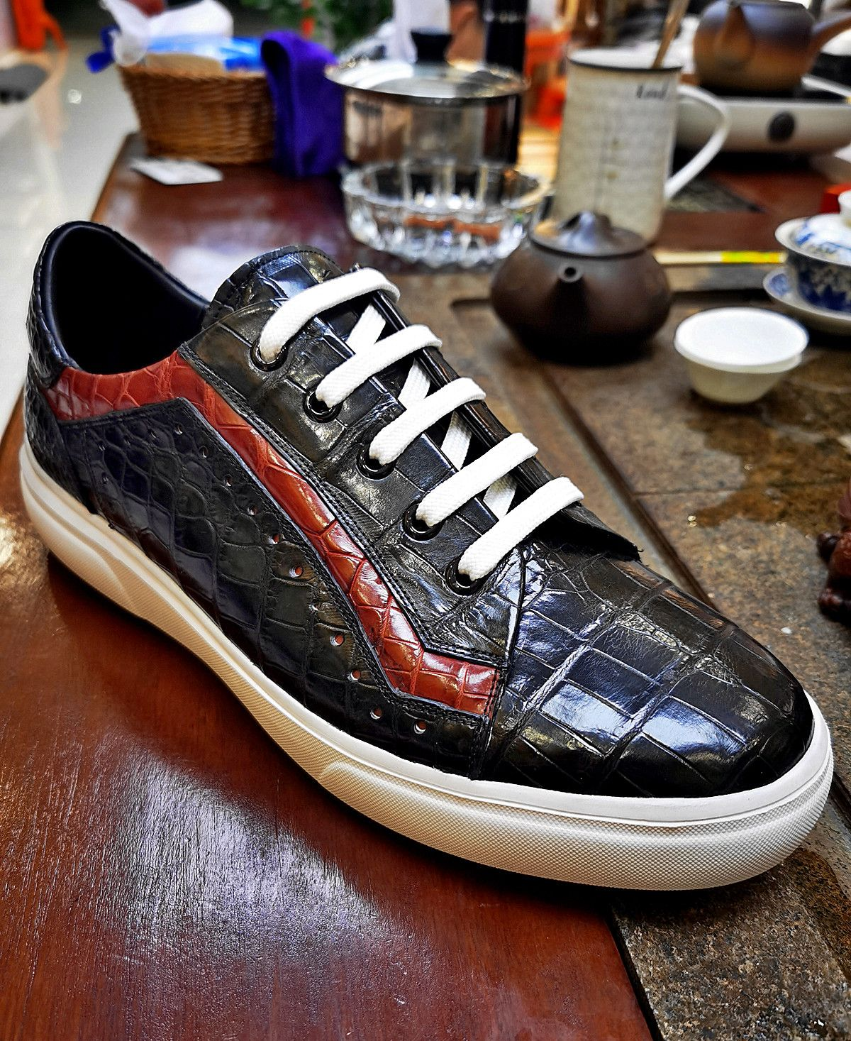 Alligator sneakers for sale in 2020
