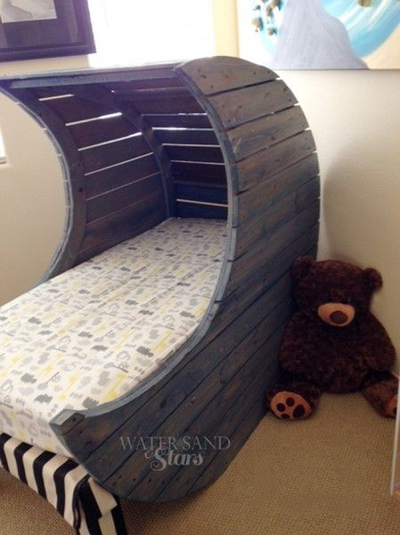 Child 39 s pallet bed handmade moon bed by water sand stars for Diy kids pallet bed