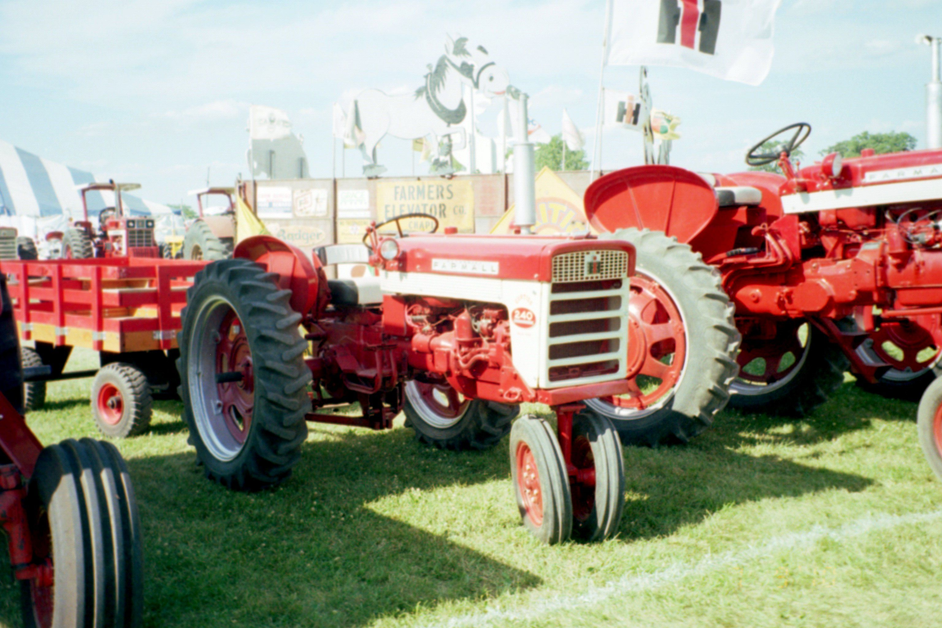 farmall 460 electrical system, john deere farmall 240 tractor | ih  equipment-my pictures | tractors, red