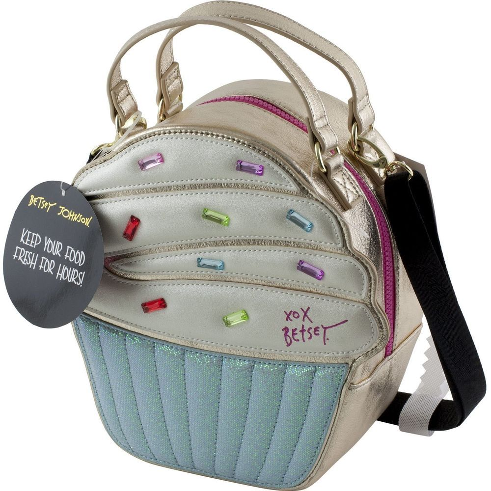 Betsey Johnson KITSCH CUPCAKE Insulated Lunch Tote Bag with Crossbody  strap!  BetseyJohnson  InsulatedLunchTote e446e94588146