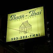 Baan Thai Good Thai Restaurant In Downtown Portland Near Portland State University Best Thai Restaurant Downtown Portland Unique Restaurants