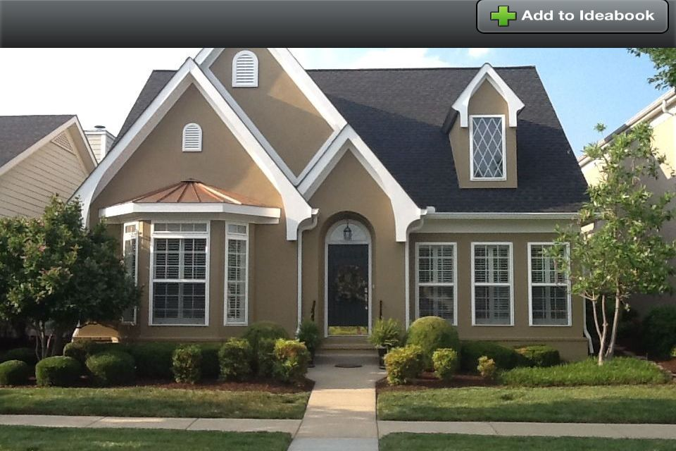 Beautiful stucco cottage style home i 39 d add stone accents for Houses with stone accents
