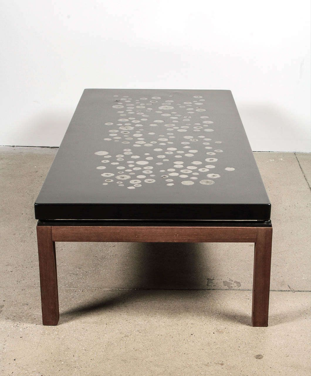 ado chale coffee table in resin inlaid marcasite | resin, coffee
