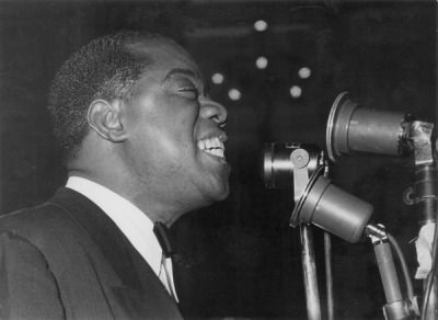 Hamlet Essay Thesis Louis Armstrong Essay New Mosaic Records Box Set Redefines Louis Armstrongs  Legacy Interesting Essay Topics For High School Students also Essays On High School A Mosaic Review Voices In Jazzlouis Armstrong With The Allstars  Essay In English For Students