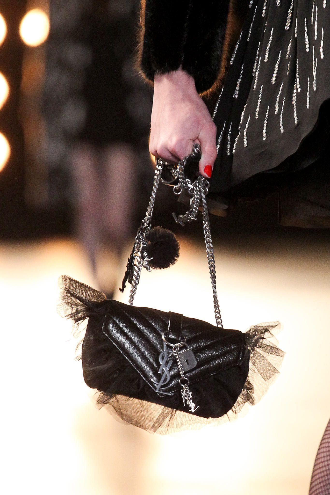 Saint Laurent Fall 2015 Ready-to-Wear Accessories Photos - Vogue