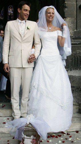 la robe de mariage d 39 elodie gossuin couple stars. Black Bedroom Furniture Sets. Home Design Ideas