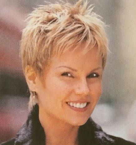 Pictures Of Very Short Hairstyles For Women Over 50 Very Short Hair Short Thin Hair Short Hair With Layers