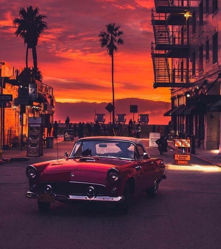 10 unique classic vintage cars