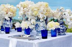 blue-white-chinoise-wedding-table-peony