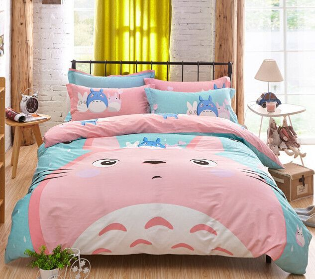 Have A Comfortable Sleep With This Fluffy Totoro Bedding Set This Is Perfect For Any My Neighbor Totoro Love Com Imagens Roupas De Cama De Luxo Bed Sets Lencois De Cama