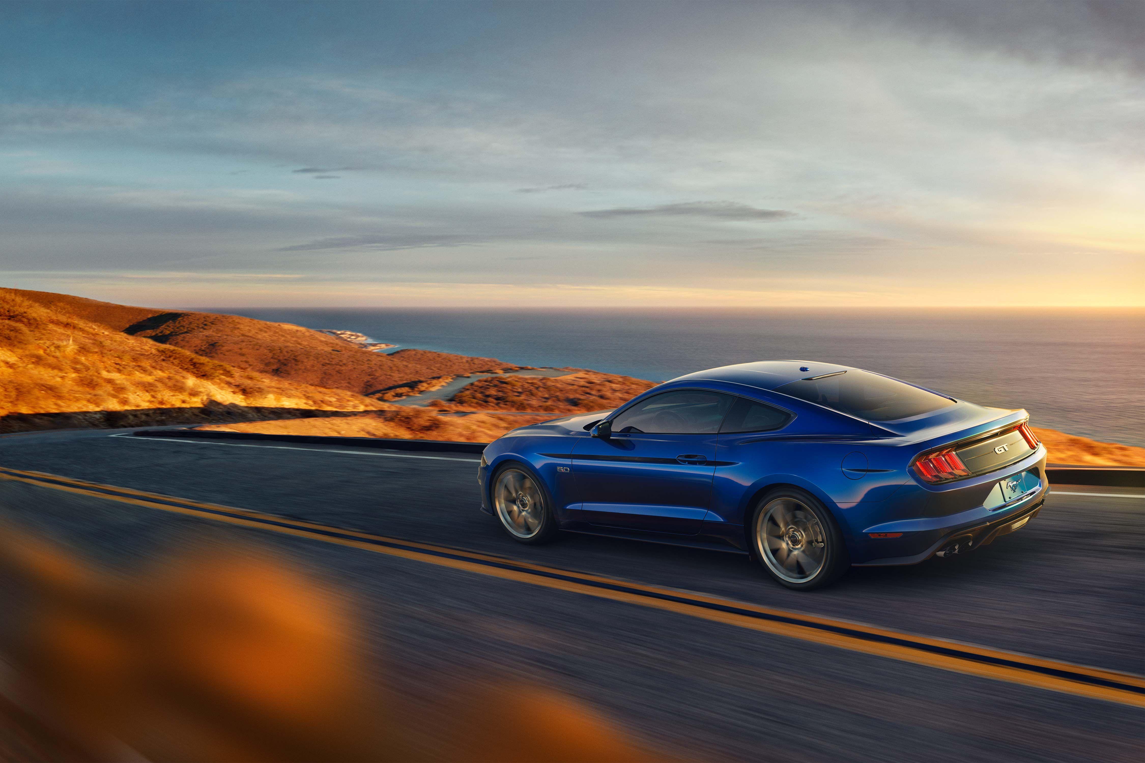 Ford #Mustang #Sports Car 2018 @dubaiposter #buyandsellusedcarsdubai ...
