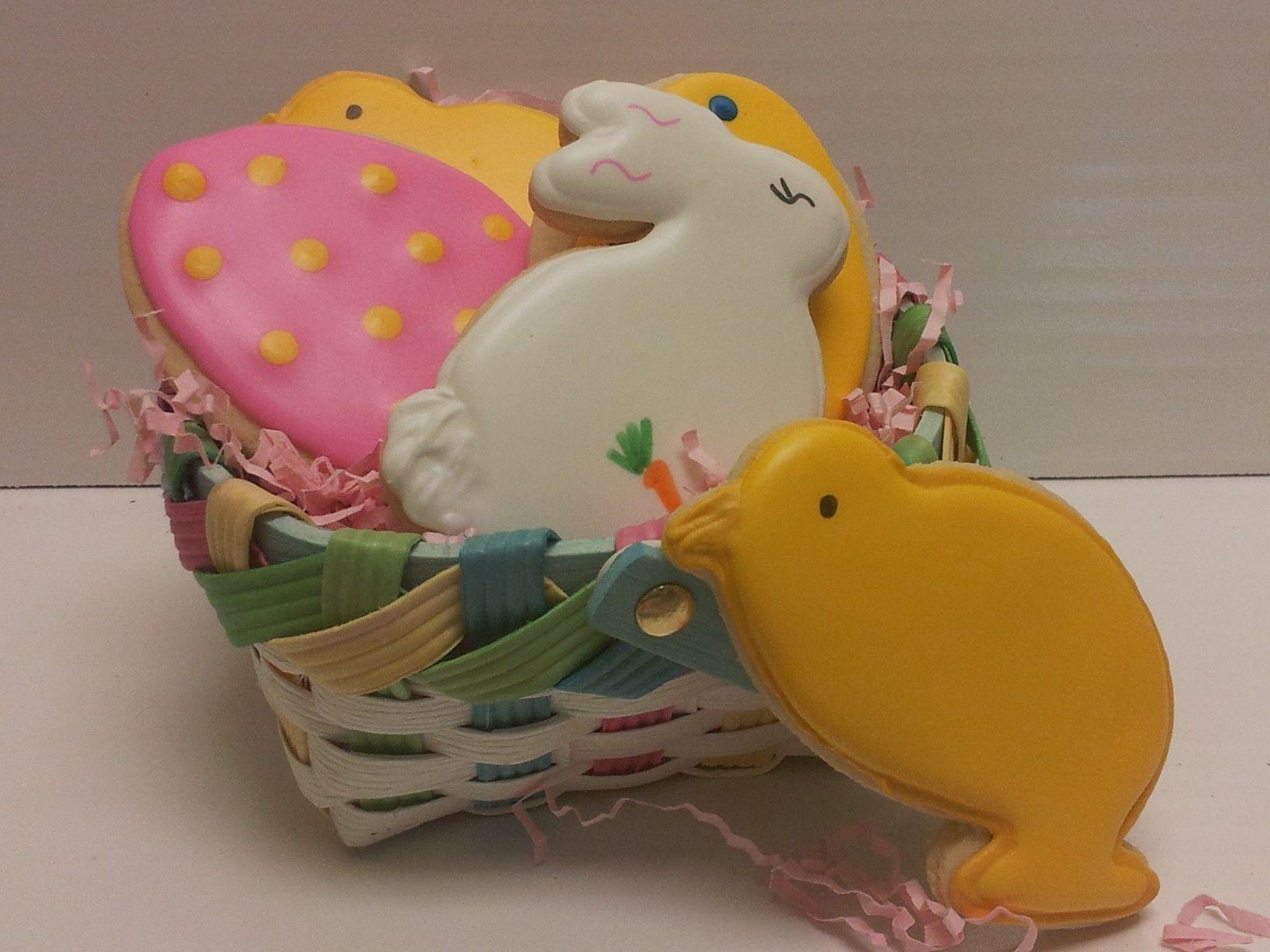 Easter basket. | Easter cookies, Iced sugar cookies ...