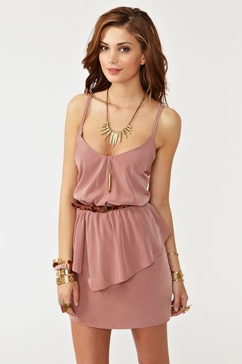 very low and cute for summer... love the neckace too