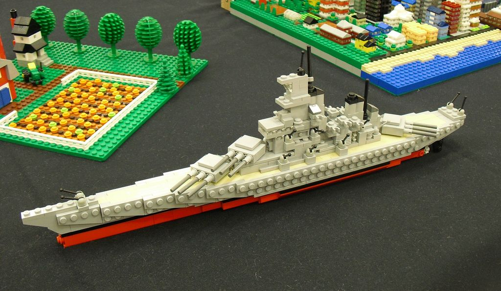Microscale Battleship Uncredited With Images Lego Craft