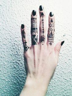a37322f12a089 sun henna tumblr - Google Search   Henna   Hand tattoos, Finger ...