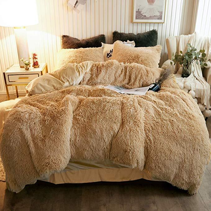 Amazon Com Xege Plush Shaggy Duvet Cover Set Luxury Ultra Soft Crystal Velvet Bedding Sets 3 Pieces 1 Faux Fur Duvet Cover 2 In 2020 Bed Velvet Bed Duvet Cover Sets