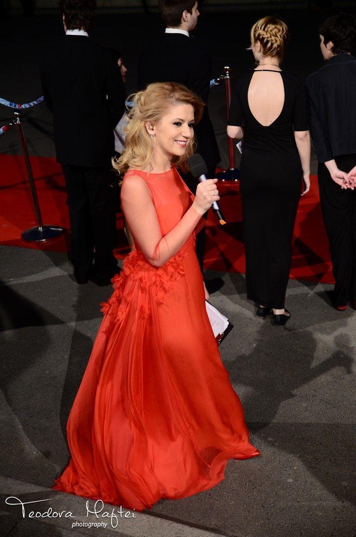 Amalia in Parlor! Gopo Awards 2014 #parlor #red #fashion #glamour #awards #movie #romania