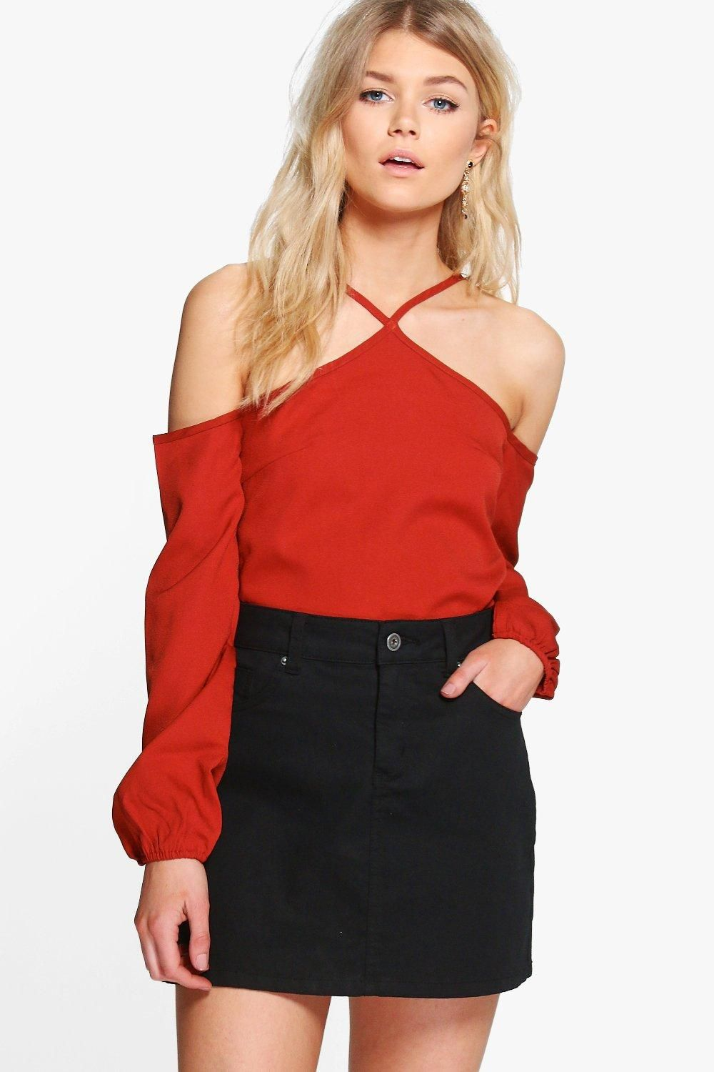 92831e22c4c11 boohoo PETITE. Serving up the same statement styles in scaled down sizes, boohoo  Petite