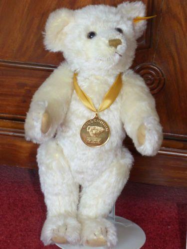 Steiff Millennium Bear EAN 654701 | eBay