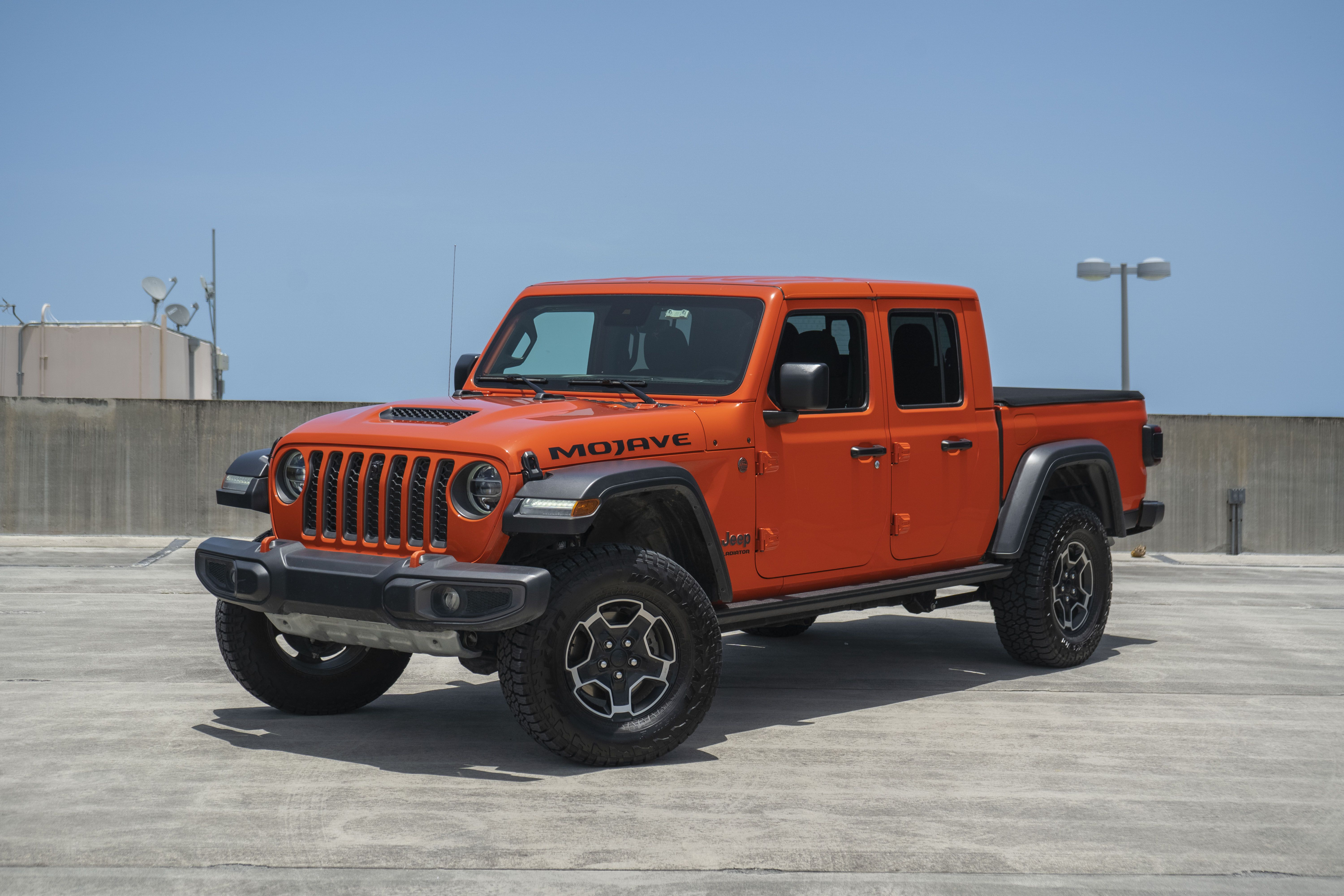 2020 Jeep Gladiator Driven Review And Impressions Top Speed In 2020 Jeep Gladiator Jeep Jeep Wrangler Girl