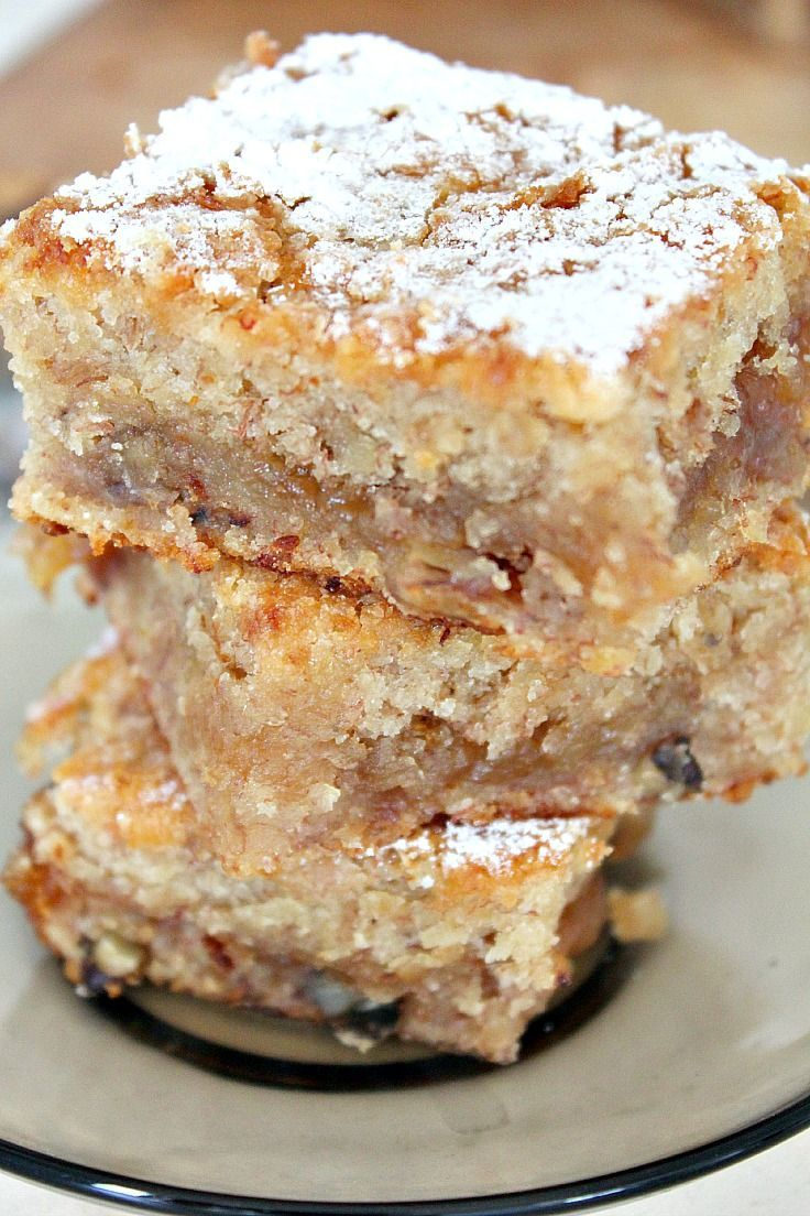 Vegan Blondie with banana, walnuts and coconut oil | food