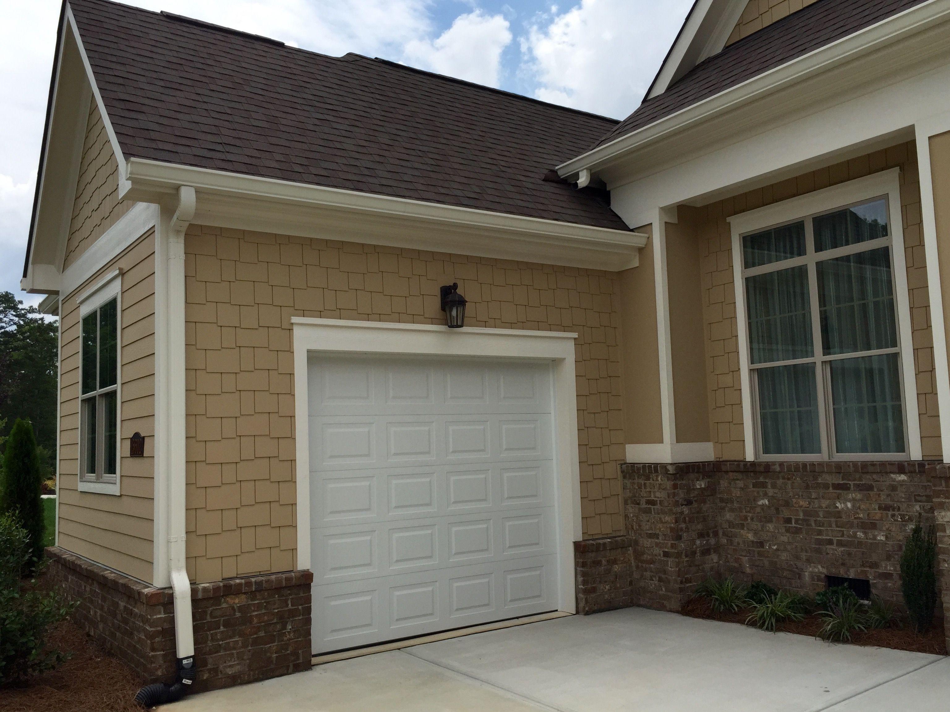 ARH Exterior Ashland Plan (Exterior 48) Roof: OC Oakridge Teak, Soffit/