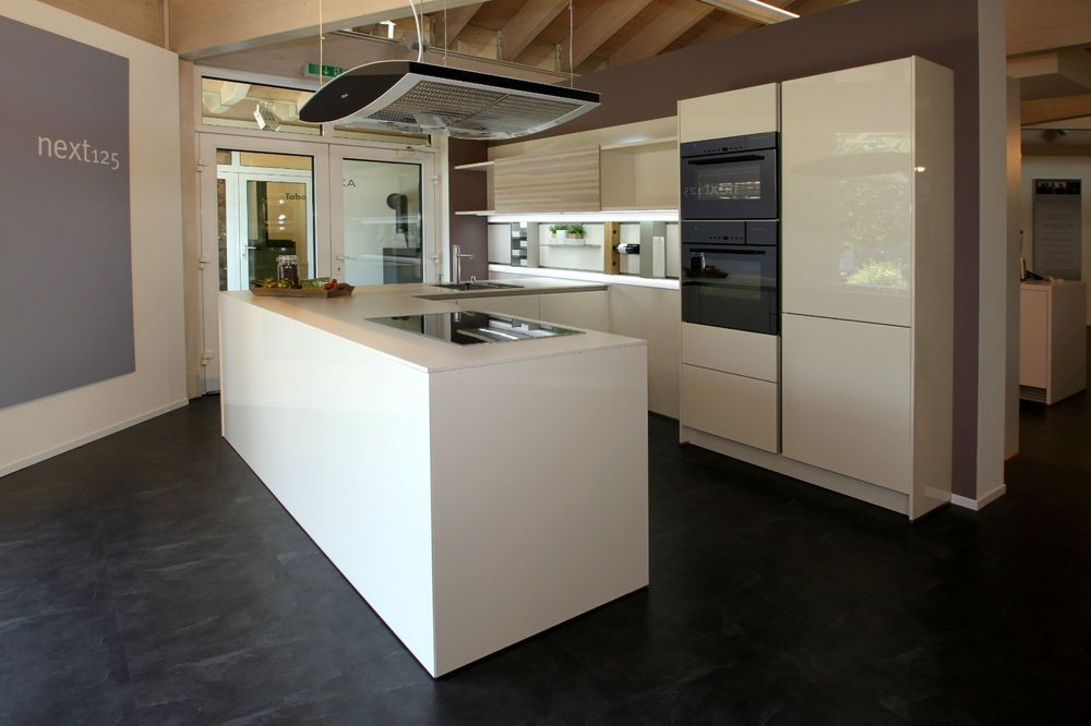 Einbauküche Schüller NEXT 125 aus Ausstellungsabverkauf ...