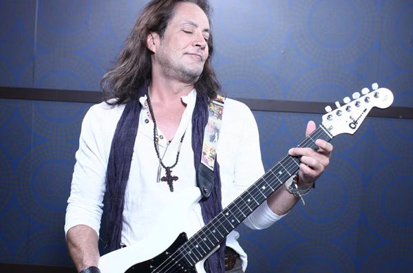 Interview: Jake E. Lee Discusses New Band Red Dragon Cartel http://metalassault.com/Interviews/2013/12/29/jake-e-lee-discusses-new-band-red-dragon-cartel/