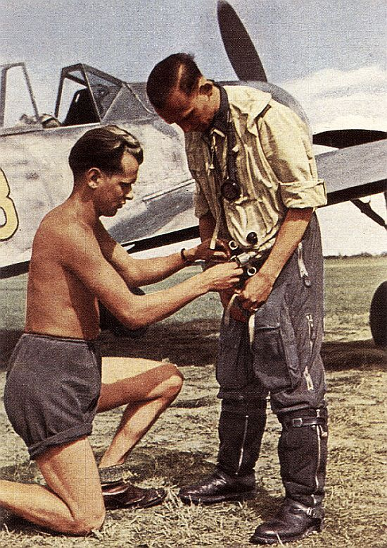 Focke Wulf Fw 190 Pilot Bfd Wwii Aircraft Luftwaffe Pilot