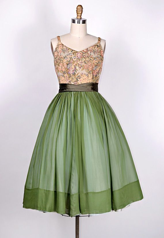 vintage 1950s tapestry bodice green chiffon party dress. Black Bedroom Furniture Sets. Home Design Ideas