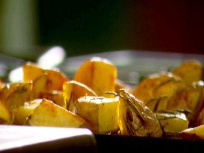 Crunchy Roasted Rosemary Potatoes
