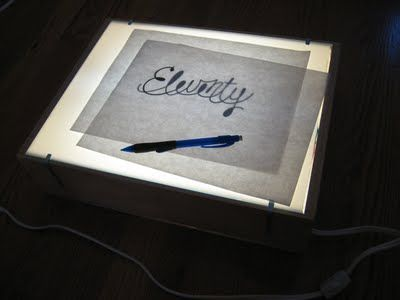 Another cool DIY lightbox with fluorescent lights/ballasts
