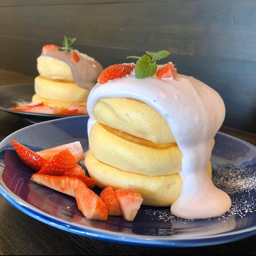 @RETRIP Gourmet: 【RETRIP×群馬】 こちらは群馬にある「Ran Ran Cafe(ランランカフェ)」です。期間限定のこちらのパンケーキは、いちごクリームとチョコクリームが選...      #Pancakes, #Ranrancafe, #RETRIP, #RETRIPGourmet, #RETRIPJapan, #RetripGourmet, #RetripRh, #RetripSweets, #いちご, #いちごスイーツ, #カフェ好きな人と繋がりたい, #カフェ部, #グルメ好き, #グルメ好きと繋がりたい