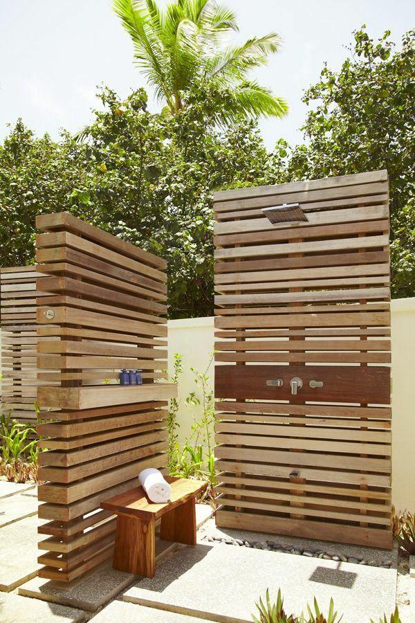 holzpaneele wand sichtschutz outdoor dusche | relax room, Gartenarbeit ideen