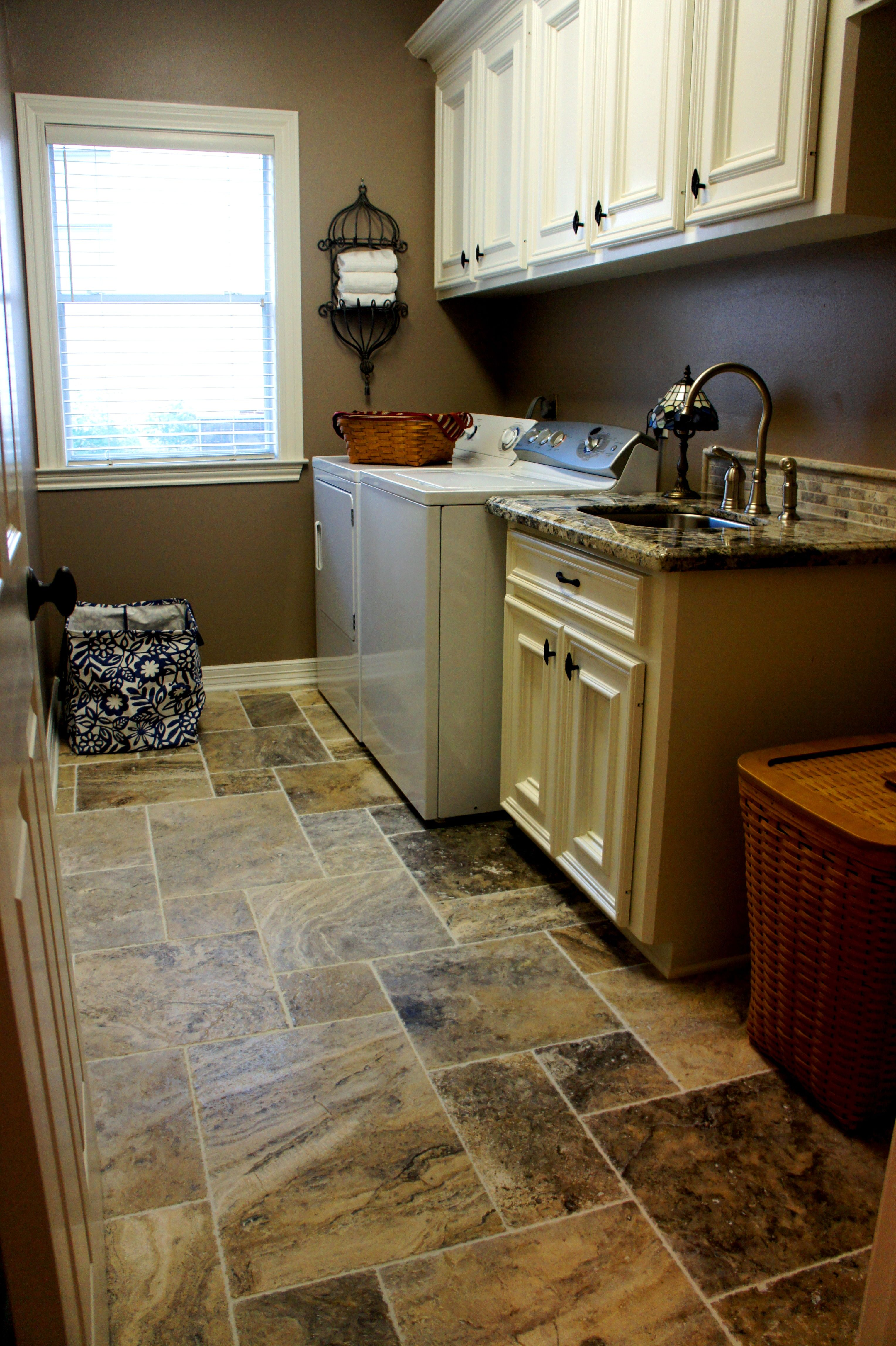 Laudry Room Remodeling Ideas Travertine Tile Color Silver