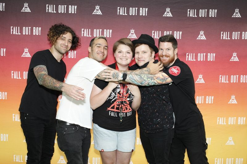 Mg group hugs fall out boy pinterest explore g group fall out boy and more m4hsunfo Choice Image