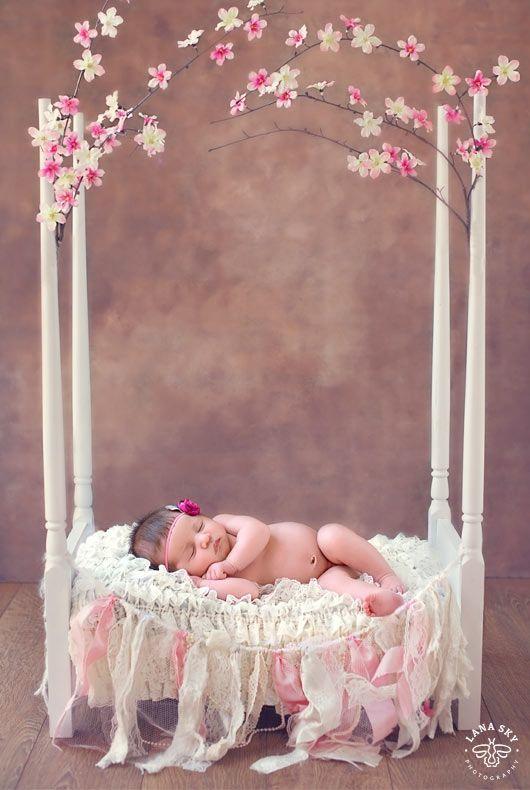 Spring Baby Newborn Photoshoot