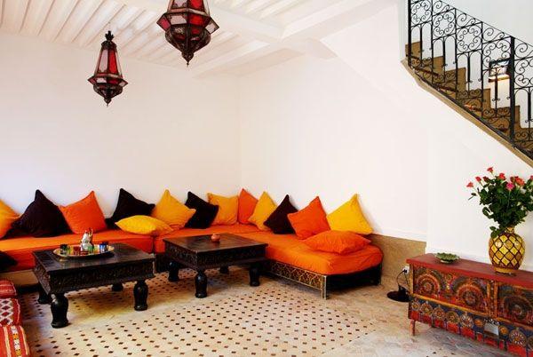 Otro de los elementos caracter sticos son las alfombras y - Telas marroquies ...