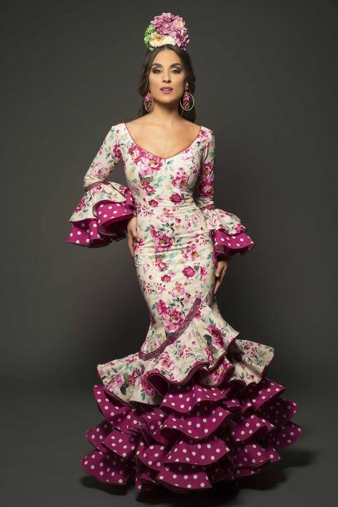 249ab7652 Pin de Rosa Martínez en Cosas bonitas en 2019 | Trajes de flamenco ...