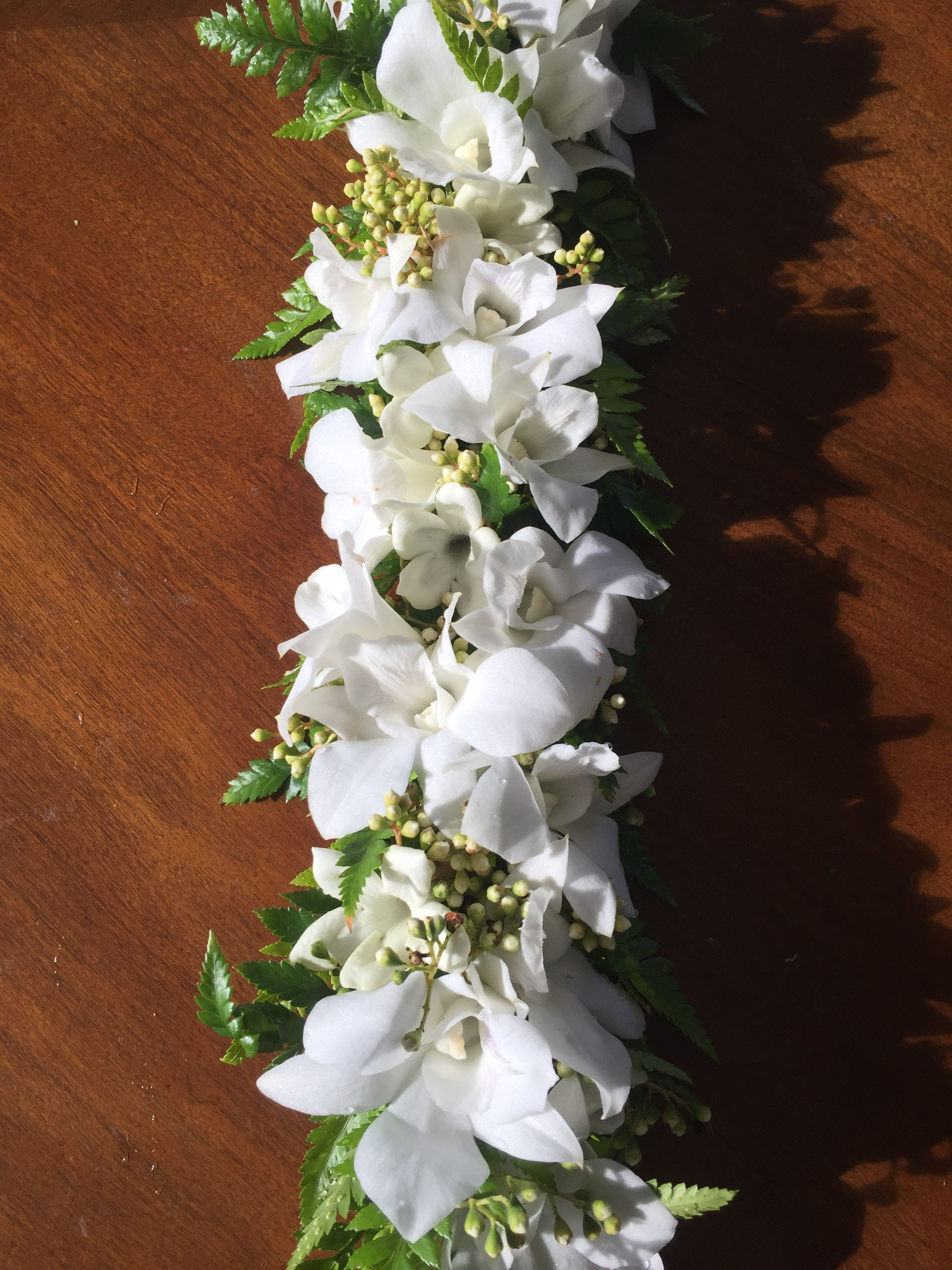 White Orchid Haku Lei Hawaiian Leis Pinterest White Orchids