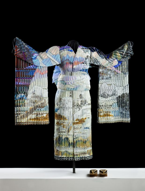 Winter Twilight Kimono (front) | Eric Markow & Thom Norris | woven glass | http://www.wovenglass.com