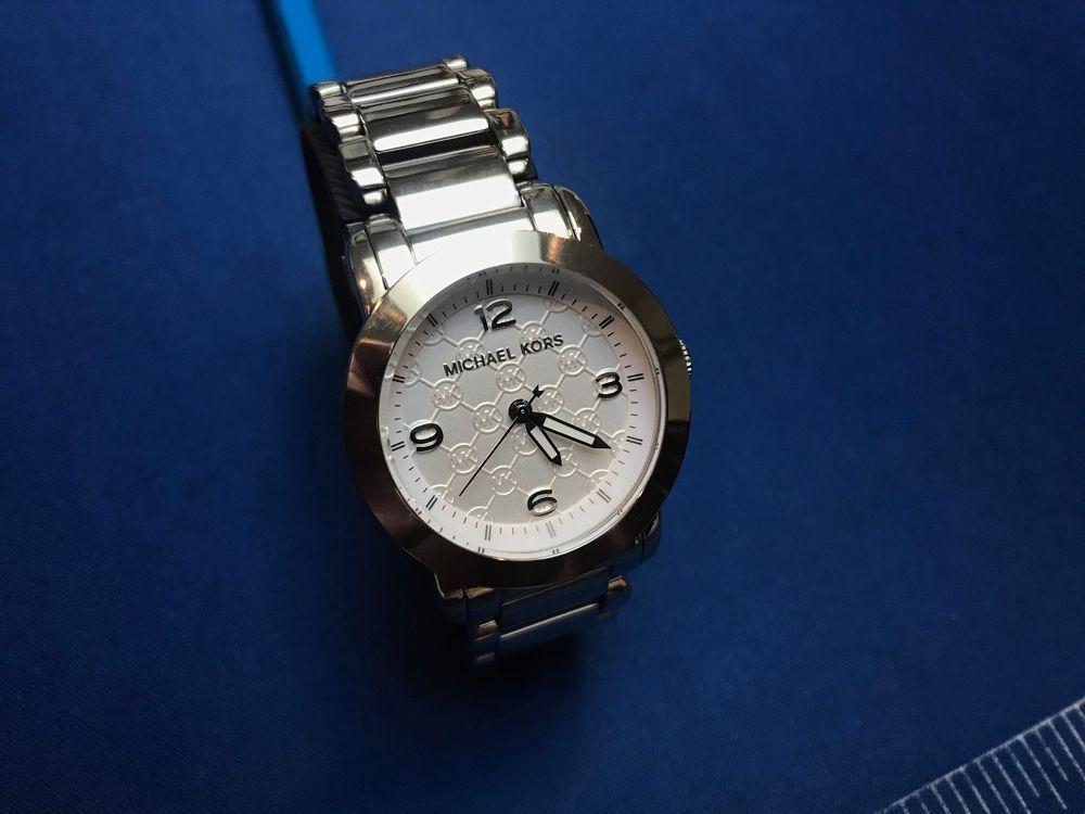 61415bb34277 Michael Kors Women s Janey Bracelet Watch - Silver - MK3157 - New Crystal