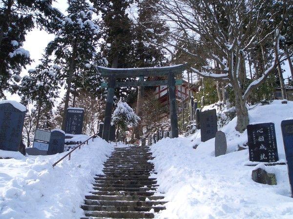 Shrine Gate by Chuck Andersen on ARTwanted